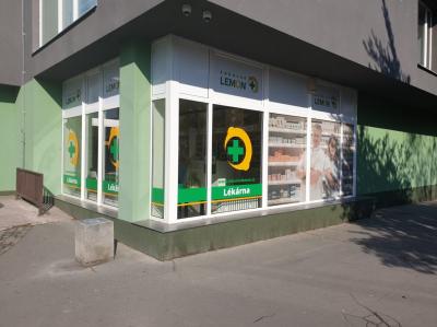 Lékárna Opava, OC Žabka